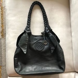 Audrey Brooke Blk Leather Tote Style Shoulder bag